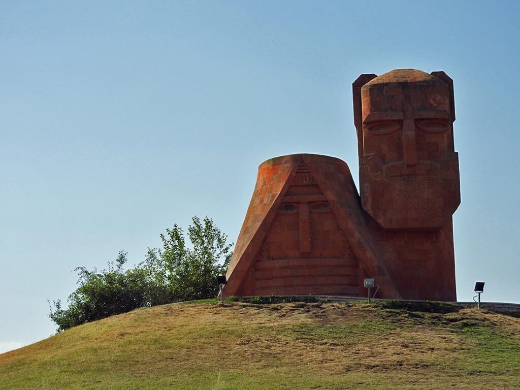 "Nagorno-Karabakh's Iconic Statue ""We Are Our Mountains"" in Stepanakert"