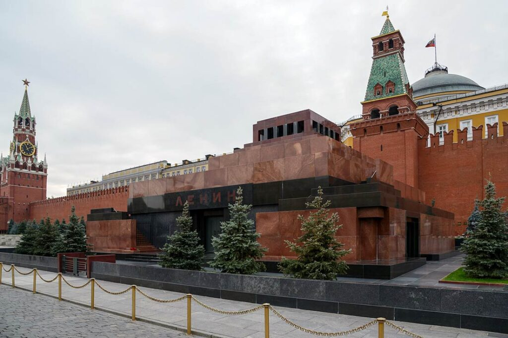 Things to Do in Moscow - Visit Lenin's Mausoleum on the Red Square
