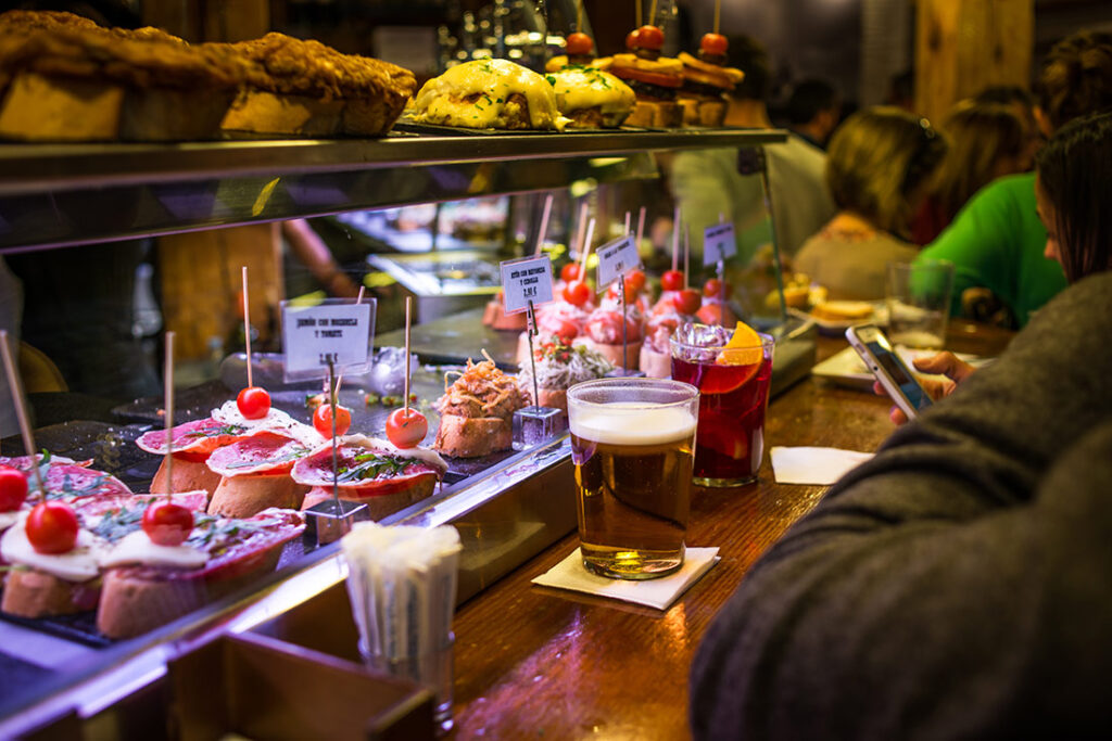 Tapas and Drinks at a Bar in Barri Gotic, Barcelona