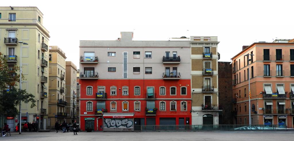 Female Travel Guide to Barcelona's Neighborhoods   Barceloneta
