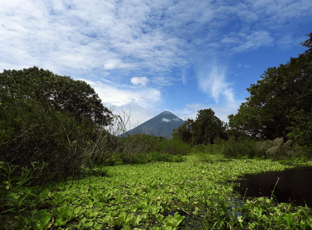 Kayak Ometepe Island Nicaragua