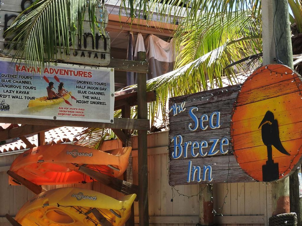 Sea Breeze Inn Hotel in Roatan
