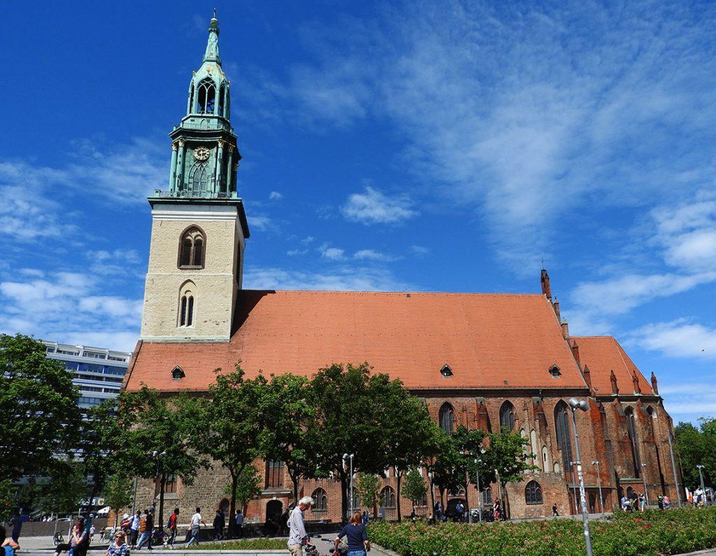 Berlin Sightseeing on Bus #100 - Mariankirche