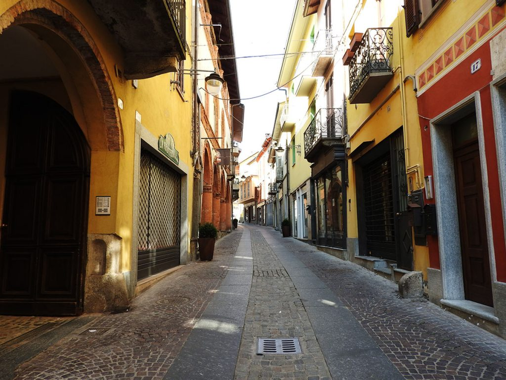 Historic Streets of Rivoli, Italy - A Day Trip From Turin