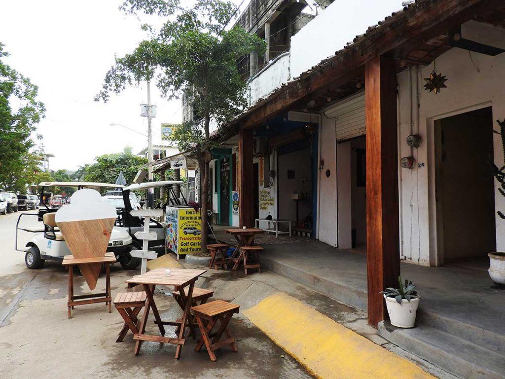 Ice Cream in Sayulita, Mexico - Ice Cream Shop on Calle Miramar