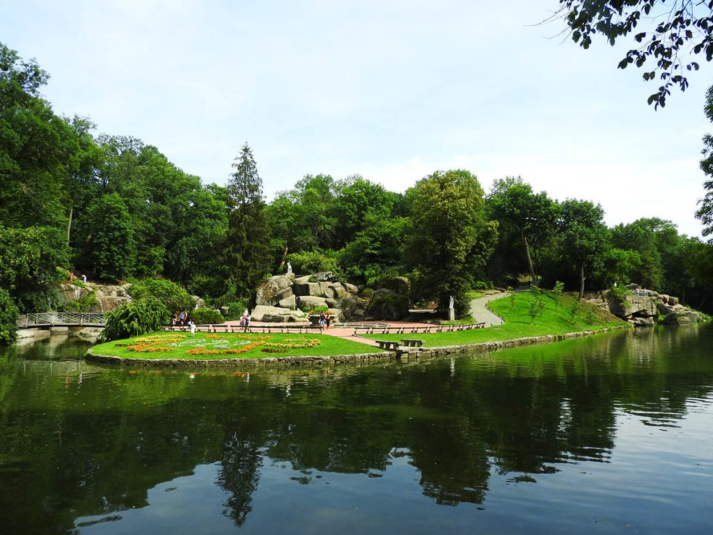 Sofiyivka Park in Uman, Ukraine - Walking Paths and Lake