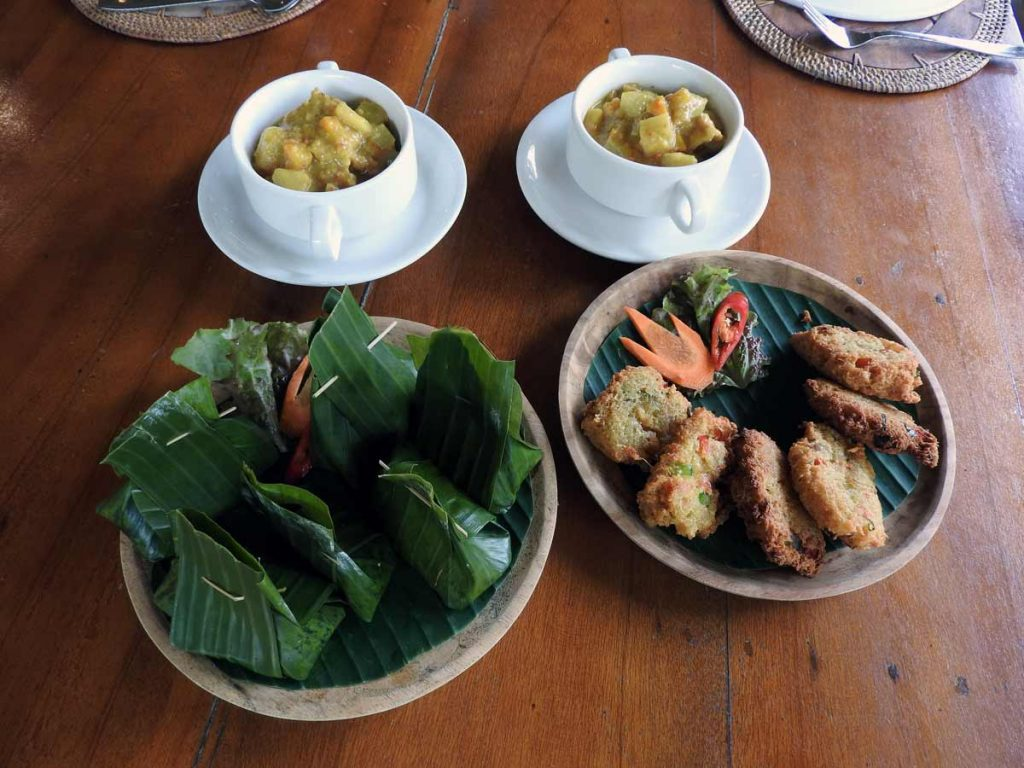 Vegetarian and Vegan Main Dishes at the Ubud Cooking School on Pemulan Organic Farm in Bali