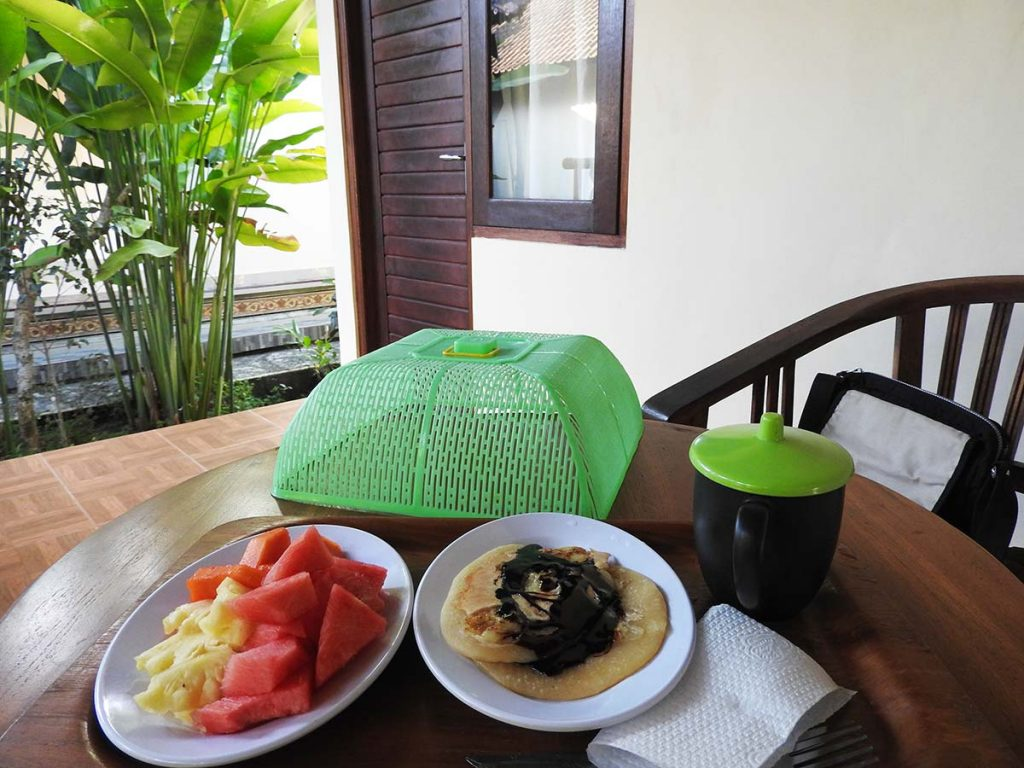Ubud Guesthouse Breakfast - Fresh Fruit and Banana Pancakes at Dipa Home Stay