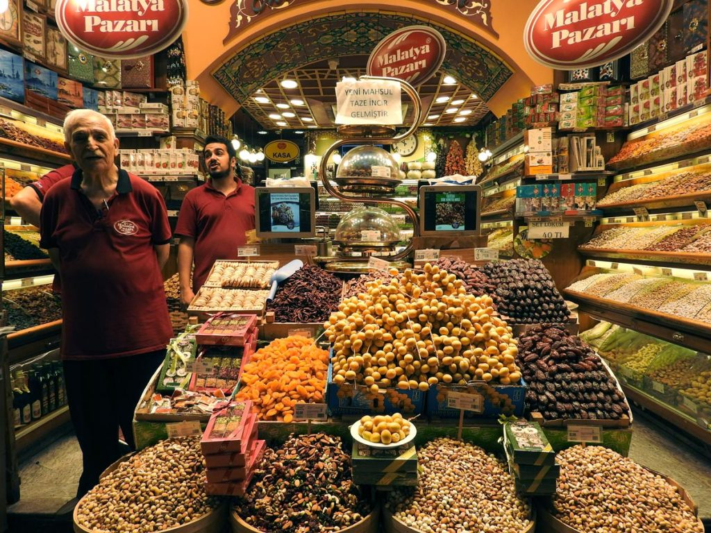 Vendors at the Spice Market in Istanbul on a Food Tour